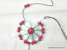 Beading Project: Beaded Flower Earrings #Seed #Bead #Tutorials