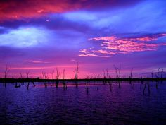 Fire in the Sky - Sunset over Lake Kariba, Zimbabwe Photo by Mr Sean Cool Pictures, Cool Photos, Beautiful Pictures, Beautiful Sunset, Amazing Sunsets, Beautiful Scenery, Through The Looking Glass, Science And Nature, Nature Photos