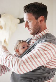 5 Ways to Wear a Wrap Like a Man. Solly Baby offers the Solly Baby Wrap Carrier a functional & safe Baby Carrier. Order Customized Infant Wraps online today!