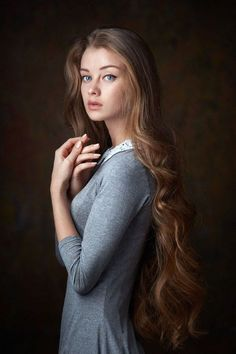 New Photography Portrait Women Ideas Girl Poses Ideas Photo Portrait, Female Portrait, Portrait Photography, Hair Photography, Poster Photography, Portrait Pictures, Photoshop Photography, Wedding Photography, Face Pictures