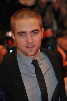 Robert Pattinson Is A One Direction Fan