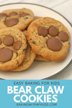 Cookies are a great thing to bake with your kids as they're so simple. These bear paw cookies are even more fun and sure to be a hit with any little one!  #bear paw #bear claw #bear #cookies #fun #cute #chocolate #easy #recipe #baking with kids #baking with toddlers