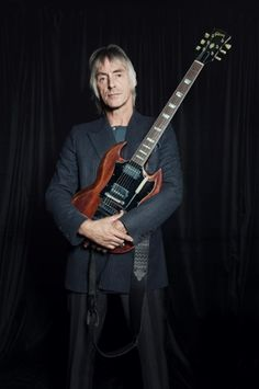 Guitar heroes: from Jimmy Page to Johnny Marr – (Paul Weller) The Style Council, Musician Photography, Johnny Marr, Paul Weller, Gibson Sg, Teddy Boys, Famous Musicians, Rock N Roll Music, Jimmy Page