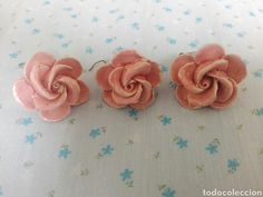 Rosas de cerámica para lampara repuestos lampara, tres flores rosas Lamps, Stud Earrings, Jewelry, Pink Blossom, Roses, Flowers, Lightbulbs, Jewlery, Bijoux