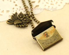 Harry Potter Necklace Harry Potter Jewelry Owl Post by MagicTrip, $3.99