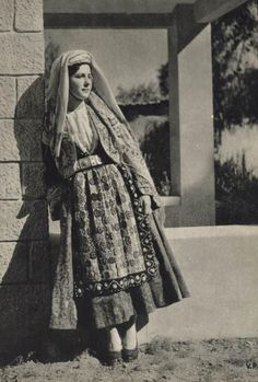 Traditional Costume from Thassos Island (Θάσος) Greece circa Greek Traditional Dress, Traditional Outfits, Folk Costume, Costumes, Thasos, Alexander The Great, Historical Clothing, Old Photos, Headpiece