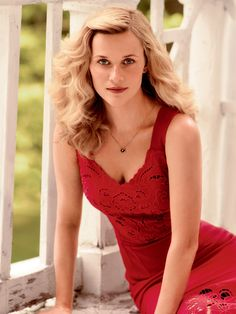 Publication: Vogue US October 2014 Model:Reese Witherspoon Photographer: Mikael Jansson Fashion Editor: Tonne Goodman Hair: Garren Make-up: Mark Carrasquillo