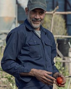 """Negan in The Walking Dead - """"The Lines We Cross"""" 🍅 The Walking Dead, Walking Dead Season, Jefferey Dean Morgan, Movie Co, Kenneth Branagh, John Winchester, Free Tv Shows, Amy Jackson, Mtv Movie Awards"""