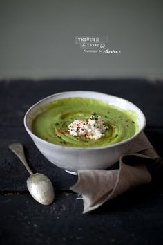 veloute de feves & chevre frais (cream of fava soup with fresh chevre). Cheese Soup, Goat Cheese, Homemade Vegetable Broth, Soup Recipes, Healthy Recipes, Healthy Drinks, Recipies, Fava Beans, Food Design