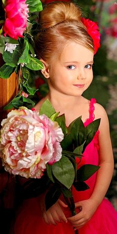 Beautiful Little Girls, Beautiful Children, Beautiful Babies, Toddler Pictures, Cute Baby Pictures, Cute Little Girls Outfits, Little Girl Dresses, Pageant Hair And Makeup, Cute Kids
