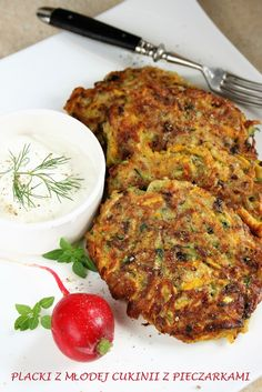Polish Recipes, Polish Food, Recipe Boards, Lunch Snacks, Lunch Box, Breakfast Lunch Dinner, Group Meals, Fritters, Tandoori Chicken