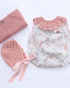 Qué belleza de conjuntito de @marigurumishop Lovely !!❤️❤️•••Si te gusta déjanos un comentario, nos importa!! Gracias!! #modaespañola #modainfantil #ropaespañola #ropainfantil #hechoenespaña #madeinspain #modaespaña #kidsstyle #niñasconestilo #spain #modainfantilchic #kidsfashion #spanishbrand #cutekidsfashion#fashionkids #baby #babygirl #sweetbaby #babyfashion #childrensfashion #cutekidsclub #instababy #littlebaby #modainfantilespañola #modainfantilmadeinspain