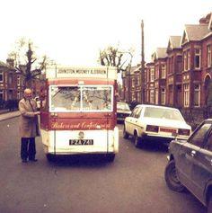 Johnson Mooney & O' Brien bread man in Drumcondra Dublin Street, Dublin City, Castles In Ireland, Ireland Homes, Dublin Travel, Ireland Travel, Irish Restaurants, Visit Dublin, Grafton Street