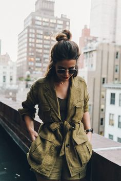 Khaki_Outfit-New_York-Where_To_Stay-NH_Hotels-Saint_Laurent_Bag-42
