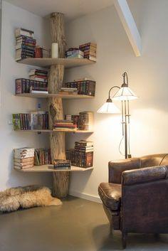 étagères d'angle en bois brut, joli etagere murale en bois clair