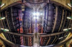 "Entering the spaceship 2013-09-08 134639 by Andrea ""AnZanov"" Zanovello on 500px #London #HDR"