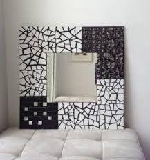 Resultado de imagen para espejos decorativos para comedores junto a mesa de arrime estilo country Mosaic Tile Art, Mirror Mosaic, Mosaic Crafts, Mosaic Projects, Mirror Art, Frame Crafts, Diy Frame, Glass Painting Patterns, Mosaic Planters