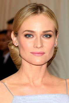 Diana Kruger on red carpet perfect ashy brow