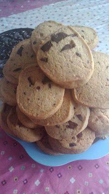 Ze života čtyřmatky: Pečení s dětmi - Sušenky