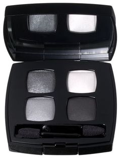 Chanel Les 4 Ombres Quadra Eye Shadow in Smoky Eyes