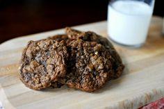 Flourless Peanut Butter & Nutella Oatmeal Cookies