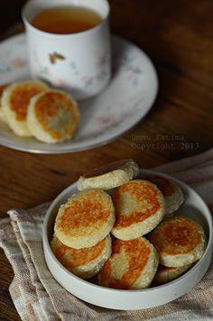 Simply Cooking and Baking...: Wingko Babat (2)