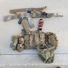 Tactical Survival, Tactical Gear, Survival Gear, Military Gear, Military Equipment, Man Gear, Combat Gear, Plate Carrier, Airsoft Guns