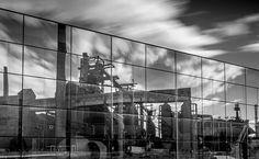Die imposanten Fabriksruinen von Ostrava in Tschechien und Katowice in Polen werden derzeit mit Kultur wiederbelebt. Nach 200 Jahren Raubbau ist die Luft dort wieder rein. Eine Reise in die industrielle Vergangenheit der historischen Region Schlesien
