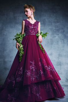 FOUR SIS & CO. Red Wedding Gowns, Prom Dresses, Formal Dresses, Ball Gowns, Dress Red, Color, Fashion, Party Dress, Short Dresses