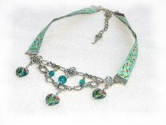 Halsband - Collier zumDirndl. Gibt es bei Alpen-Juwel,  http://de.dawanda.com/product/31859662-Halsband-Kropfband-zum-DirndlHerzen