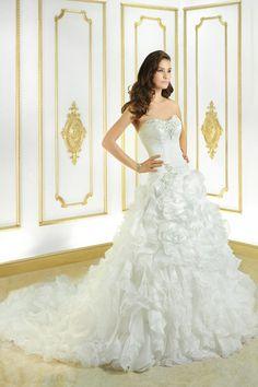 Cosmobella 7700 💟$499.99 from http://www.www.homonoble.com   #bridal #cosmobella #mywedding #wedding #weddingdress #bridalgown