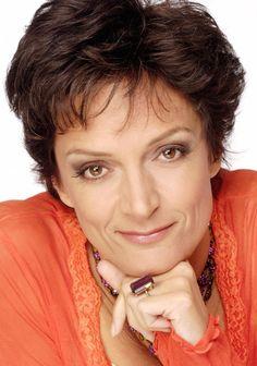 Hier vind je alles over Lenette van Dongen! Bekijk haar leukste en beste video's, biografie, programma en meer