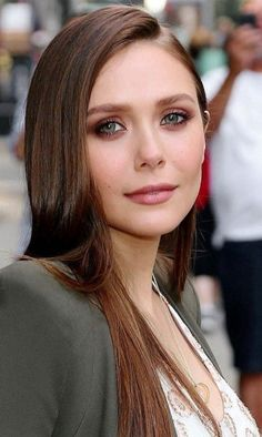 Elizabeth Chase Olsen, Elizabeth Olsen Scarlet Witch, Wanda Marvel, Olsen Sister, Celebrity Siblings, Actrices Sexy, Mary Kate Ashley, Divas, Elisabeth