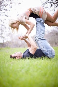 couple poses ideas for wedding photography or...