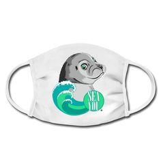 Die kleine Robbe freut sich dich am Meer wiederzusehen. Diese Motiv ist für alle die Sehnsucht nach dem Meer haben und unbedingt wieder dorthin müssen. Shirt Designs, Am Meer, Illustration, Snoopy, Waves, Sea, Mugs, Blue, Fictional Characters