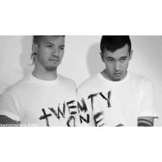This audio reminds me of the sims 3  (tags ignøre..) ● ● ● ● ● #twentyonepilots #twentyønepiløts #tøp #joshuadun #tylerjoseph #tylerandjosh #joshandtyler #clique #skeletonclique #moments #fan #fandom #smolbean #bean #jishwa #tyjo #joshler #nophunintended #selftitle #regionalatbest  #vessel #blurryface #stayalive #fan #fangirl #band #bands #josh #joshuawilliamdun #tyler #tylerrobertjoseph #tylerandjosh #joshandtyler ***NOT MY EDIT***