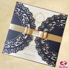 Convite de debutante modelo Classic. Convite Classico com capa feita com cortes a laser. www.rosapittanga.com.br