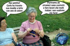 Grandissime I Smile, Make Me Smile, Italian Humor, Vignettes, I Laughed, Jokes, Lol, Funny, Happy