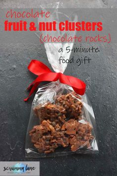 These chocolate fruit and nut clusters have to be the easiest food gift ever! They take literally 5 minutes to make, but make a classy and delicious gift that you can adapt to every taste. #chocolate #foodgifts