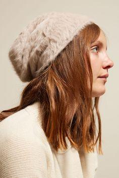 Reinhard Plank Cuffia Hat in Cream Angora