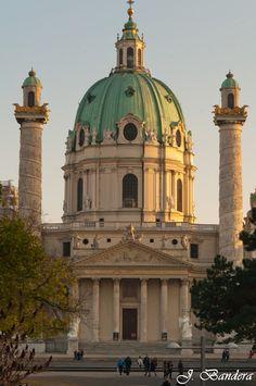 Las Fotografías de Bandera: Iglesia de San Carlos Borromeo en Viena
