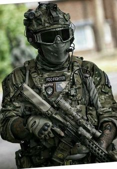 Save by Hermie Special Forces Gear, Military Special Forces, Military Police, Military Weapons, Military Soldier, Le Sniper, Ghost Soldiers, Surplus Militaire, Tactical Armor