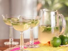 Cooking Channel serves up this Mojito Champagne Cocktail recipe from Bobby Flay… Cocktails, Cocktail Drinks, Cocktail Recipes, Mix Drinks, Alcoholic Beverages, Cooking Channel Recipes, Bobby Flay Recipes, Brulee Recipe, Cocktail Ingredients