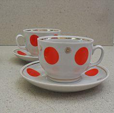 Polka dot tea cups by savtasshop on Etsy