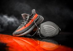 Kixify is giving away the Adidas Yeezy Boost 350 v2 Beluga for $1 on their app: http://kxfy.co/Mzc2MzYwMQ-
