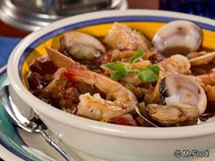 Peasant's Fish Stew - This cozy seafood dinner is a flavorful option for winter! We've thrown in all of your favorite veggies, including mushrooms, onions, and tomatoes and topped off with the perfect blend of spices and herbs.