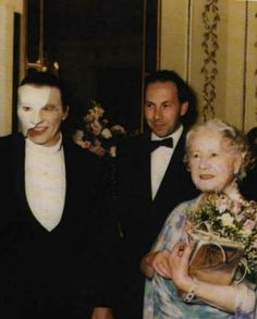 Michael Crawford and the Queen Mother Frank Spencer, Opera Ghost, Famous Pictures, Music Of The Night, Much Music, Bellatrix Lestrange, Movies Playing, Masked Man, Queen Mother