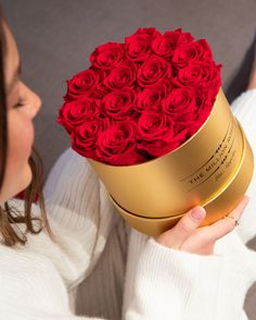 Make Valentine's Day last year-round with our long-lasting, sustainably sourced roses! Million Roses, Preserved Roses, Gold Box, Classic Gold, Metallic Colors, Classic Collection, Amazing Flowers, Red Roses, Flower Arrangements