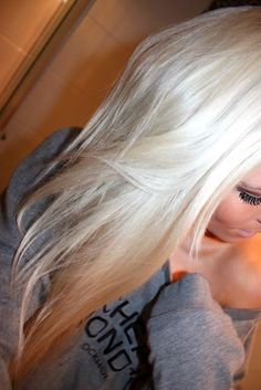 Blonde hair ♥ really debating once my hair is longer to just go for alllllllll blonde