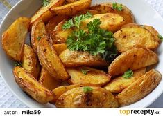 Americké brambory pečené v tatarce recept - TopRecepty.cz Chicken Wings, French Toast, Recipies, Paleo, Food And Drink, Potatoes, Treats, Dinner, Vegetables